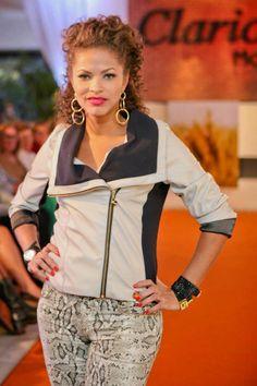 Parceria com a nossa cliente Clarice Moda de Joinville em evento de lançamento de coleção em sua belíssima loja.