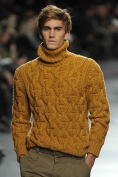Hermes AW11 Mens Fashion Sweaters, Knitwear Fashion, Men's Knitwear, Hand Knitted Sweaters, Pullover Sweaters, Mens Pullover, Mens Athletic Fashion, Gents Sweater, Stylish Men