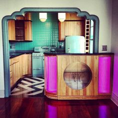 the ultimate in art deco interior - love the curves and colour and use of print
