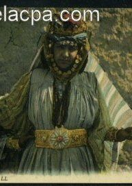 Algerian woman from Ouled Nail