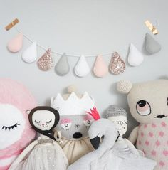 Droplet garland - Rose gold with pale grey – Velveteen Babies