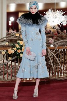 Dolce & Gabbana Gives Its Alta Moda Clients a Night at the Opera—The Metropolitan Opera - Vogue Couture Mode, Style Couture, Couture Fashion, Runway Fashion, Fur Fashion, Fashion Week, High Fashion, Fashion Top, Fashion 2017