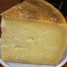Pecorino dei Monti della Laga P. Pecorino Cheese, Cooking Temperatures, Milk Protein, Melted Cheese, Tuscany, Goat, A Food, Sheep, Beverage