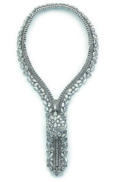 Van Cleef  Arpels - Medaillon zip necklace | Flickr: Intercambio de fotos