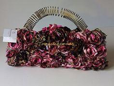 Bolso de fiesta con flores , de la colección pétalos . Crown, Bags, Jewelry, Handbags, Corona, Jewlery, Jewerly, Schmuck, Jewels