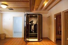 Das AKZENT Hotel Turmwirt bietet einen großen Wellness-Bereich Wellness, Das Hotel, French Door Refrigerator, French Doors, Kitchen Appliances, Home, Gym Room, Diy Kitchen Appliances, Home Appliances