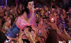Trailer do documentário em 3D sobre vida e música de Katy Perry é divulgado