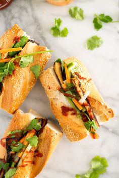 Vegan Bahn Mi Sandwiches with Seared Tofu and Pickled Vegetables: Add a squirt of Sriracha sauce to these fully loaded tofu, carrot, cucumber and jalapeño sandwiches for an extra kick. Click through for more vegetarian tofu recipes. Best Tofu Recipes, Vegan Lunch Recipes, Vegetarian Recipes Easy, Vegan Vegetarian, Vegan Food, Vegetarian Dinners, Asian Recipes, Free Recipes, Healthy Recipes