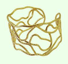 #nomnom #daddy #devileye #teeth #girls #wedding #riyo #jewelry #gems #handmade #copper #bangle #plain