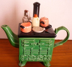 HANDPAINTED CERAMIC TEAPOT OLD COUNTRY STOVE KETTLE POTS PANS on eBay!