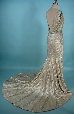 1930's Gown by freda - perfect in a darker color. How can I reconstruct this?