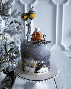Cake Art - One of Elena's top ten pastry chefs in Russia, she is very creative by painting her cake or adding flowers, berries or fruit to decorate her cake. - Page 51 of 58 - zzzzllee Camo Wedding Cakes, White Wedding Cakes, Beautiful Cakes, Amazing Cakes, Hand Painted Cakes, Easy Cake Decorating, Novelty Cakes, Elegant Cakes, Pastry Chef