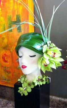 Cool Hat Designs - - Cowboy Hat For Women - Art Floral, Deco Floral, Floral Design, Ikebana, Arte Fashion, Floral Fashion, Real Flowers, Beautiful Flowers, Unique Flower Arrangements