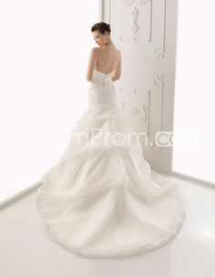 Awesome+Strapless+Floor-length++Tiered++Chapel+A-line++Wedding+Dresses+2014+New+Style