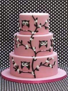 Owl cake designs are a good choice for kids birthday cake, but can be also found as part of a graduation or some anniversary cake designs. Pretty Cakes, Cute Cakes, Beautiful Cakes, Amazing Cakes, Beautiful Owl, Amazing Birthday Cakes, Yummy Cakes, Fondant Cakes, Cupcake Cakes