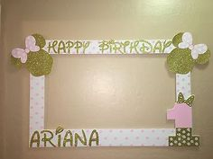 Photo Booth Frame To Take Pictures Minnie Mouse Pink Gold Birthday Frame in Home & Garden, Greeting Cards & Party Supply, Party Supplies Minnie Mouse First Birthday, 1st Birthday Girls, First Birthday Parties, Birthday Party Decorations, First Birthdays, Birthday Ideas, Minnie Mouse Party Decorations, Mickey Birthday, Minnie Mouse Rosa