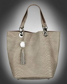 Big purse with details from V-Collection