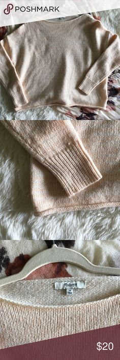 🍑NWOT Madewell Oversized Cropped Sweater🍑 This super cute sweater has never been worn and is the perfect slouchy boho piece to throw on whenever! It's a pretty wide cut with long sleeves, and it was just too wide for my frame. I'm usually a small, so it'll be oversized on a medium frame. It's a pretty light peachy color!! As always ask any questions in the comments and bundles of 3+ are 15% off!🍑 Madewell Sweaters