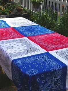 Bandana Table Cloth DIY.........make it Vintage and UPcycled! #GreenLiving #Vintage #DIY #DontThrowAway #Discarded #Handmade #Craft #Recycle #Repurpose #ReUse #UPcycle #Bandana #Table Cloth Fourth Of July Decor, 4th Of July Celebration, 4th Of July Decorations, 4th Of July Party, July 4th, Holiday Decorations, Blue Tablecloth, Outdoor Tablecloth, Black Parade