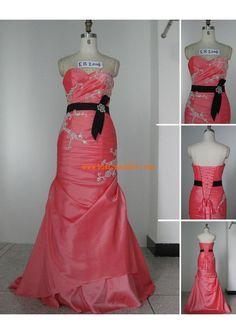 Robe de mariée sirène taffetas appliqueé ceinture