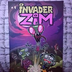 The Invader is back!!!! I can't even!! #hyperventilating GIR!!!!! Taco!! #comicbook #reading #invaderzim   #nerdgasm #bookworm #geek #happybookworm by mily_descubrelibros