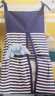Diaper stacker Blue polka dots and stripes. por myKBearCreations