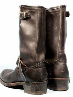Engineer Boots, Fashion Boots, Riding Boots, Engineering, Elegant, Stuff To Buy, Vintage, Shoes, Style