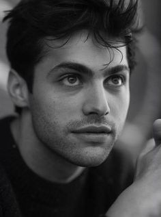 Matthew Daddario from The Shadowhunters! <3