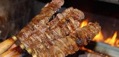 çağ kebab spoke kebab' – Cubes of lamb roasted first on a cağ (a horizontal rotating spit) and then on a skewer, a specialty of Erzurum region with recently rising popularity.