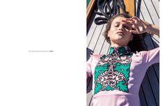 Gucci on the beach / Luisa World Kifissia / Sorbet magazine / www.luisaworld.com