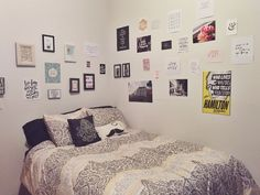 laurenpokedoff: Walls in my room are finally done! I think I just need to get some twinkle lights to enhance the aesthetic?