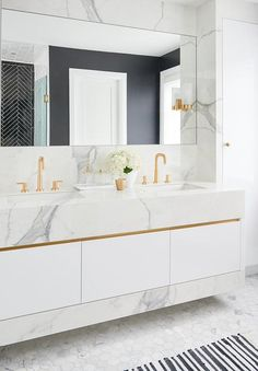 A comfy master suite with luxe allure null - Marble Bathroom Dreams Dream Bathrooms, Beautiful Bathrooms, Modern Bathroom, Small Bathroom, Marble Bathrooms, Neutral Bathroom, Vanity Bathroom, Bathroom Goals, Transitional Bathroom