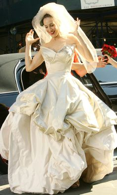 Carrie Bradshaw Wearing A Vivienne Westwood Dress On Her Wedding Day, SATC The Movie