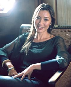 Michelle Yeoh (杨紫琼) in Crouching Tiger, Hidden Dragon: Sword Of ...