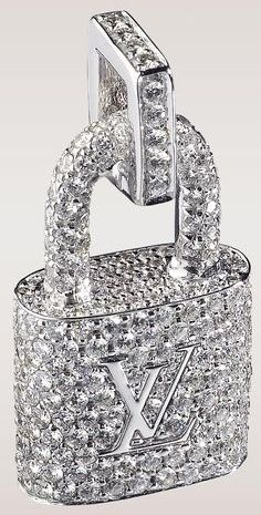 Diamond Necklaces : Louis Vuitton Padlock Pendant Closeup – This padlock is fully encrusted with d. - Buy Me Diamond Bling Bling, Glamour, Accessoires Louis Vuitton, Glitter Make Up, Jewelry Accessories, Fashion Accessories, Women Accessories, Louis Vuitton Handbags, Lv Handbags