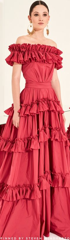 Zuhair Murad Spring 2020 Ready-to-Wear Fashion Show Party Fashion, Fashion 2020, Fashion Show, Fashion Looks, Zuhair Murad, Beautiful Red Dresses, Fashion Photography Inspiration, Fashion Inspiration, Taffeta Dress