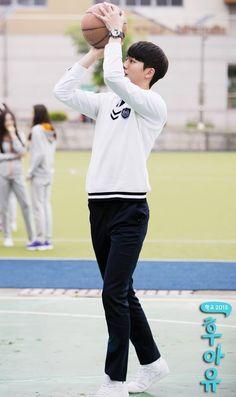Han Yi-an  Who Are You - School 2015