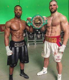 Michael b. Jordan Creed ll Rocky Balboa, Boxe Fight, Boxe Mma, Michael Bakari Jordan, Rocky Film, Creed Movie, Apollo Creed, Boxing Posters, Gorgeous Black Men