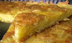 Grated Potato Casserole with Cheese and Garlic Ukrainian Recipes, Russian Recipes, Russian Desserts, Good Food, Yummy Food, Cheese Potatoes, How To Cook Potatoes, Saveur, Food Photo