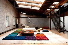 My dream loft. Designer Dana Barnes' Soho Loft in NY. Soho Loft, New York Loft, Art Loft, Interior And Exterior, Interior Design, Square Rugs, Textiles, Loft Spaces, Open Spaces