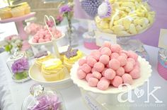 A&K Lolly Buffet L's Baby Shower / Vintage Tea Party - Photo Gallery at Catch My Party Baby Shower Menu, Baby Shower Drinks, Cute Baby Shower Ideas, Baby Shower Vintage, Baby Shower Desserts, Tea Party Baby Shower, Baby Shower Balloons, Baby Shower Themes, Baby Shower Decorations