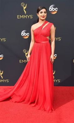 Blue dress emmys 2016 red