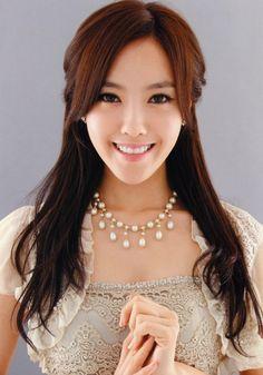 Winner (Hyomin) - [Tournament] Best Idol Rapper in K-pop | http://www.allkpop.com/article/2014/09/tournament-best-idol-rapper-in-k-pop