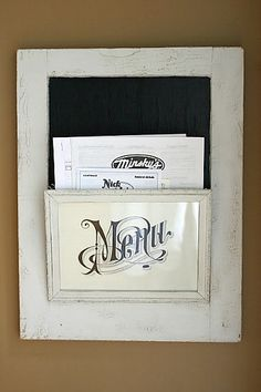 10 Creative Repurposed Picture Frame Idea: repurposed-frame-menu-board