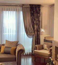 #perdecimustafa #Tarzımızdan #cizgimizden #Küçükbirgörüntü @perdecimustafa #perdetasarım #Duvarkagıdı #Döşemelikkumaş #perdeihtiyacıolanheryerdeyiz Classic Curtains, Elegant Curtains, Living Room Designs, Living Room Decor, Elegant Living Room, Modern Bedroom Furniture, Curtain Designs, Curtains With Blinds, Cushions On Sofa