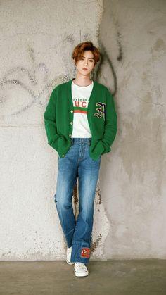 Yonsei University, Most Popular Artists, Hunhan, Exo Ot12, Exo Korean, Happy Pictures, Kpop Exo, Thai Drama, Chinese Boy