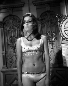 Movie Market - Prints & Posters of Diana Rigg 105746 English Actresses, Actors & Actresses, Diana Riggs, Dame Diana Rigg, George Lazenby, Avengers Girl, Emma Peel, Bond Girls, Beautiful Celebrities