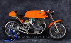 MotArt: 1972 750 Egli-Laverda SFC photographed by Phil Aynsley