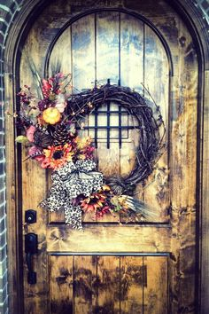 Fall wreath!  Get started with this project with great materials from Old Time Pottery!  www.oldtimepottery.com