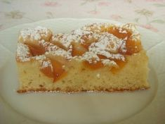 Apricot cake with yoghurt - recipe with picture - The perfect apricot cake with yoghurt recipe with picture and simple step-by-step instructions: the - Cupcakes, Cupcake Cakes, My Favorite Food, Favorite Recipes, Apricot Cake, Sweet Cooking, Winter Desserts, Desert Recipes, Let Them Eat Cake
